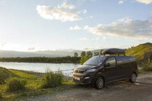 Peugeot Traveller у Катуни Алтай